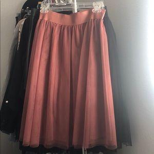 Express pink mauve tool skirt